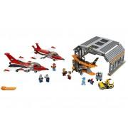 LEGO Parada de aviatie pe aeroport (60103)