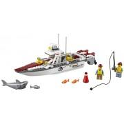 LEGO® City Great Vehicles Barca de pescuit - L60147
