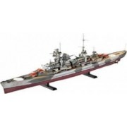 Macheta Revell German Heavy Cruiser Admiral Hipper