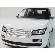 RASTAR ? Land Rover Range Rover ? 1/24 die-cast model minicar / White