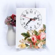 Ceas pe panza cu model floral - 8725