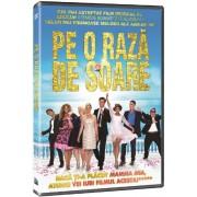 Walking on Sunshine:Annabel Scholey, Greg Wise, Giulio Berruti - Pe o raza de soare (DVD)