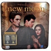 Cardinal The Twilight Saga Movie Series NEW MOON Board Game with Collectible Metal Cullen Crest Pieces