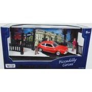 Macheta mini diorama Piccadilly Circus cu Ford Pinto 1970 1:64