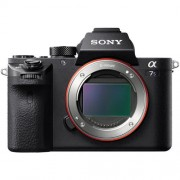 Câmera Sony Alpha a7S II Mirrorless com Sensor Full-Frame (Só o Corpo) + Super Brinde