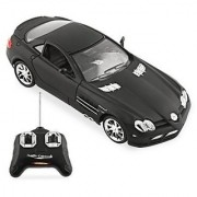 Mercedes Benz SLR Mclaren R/C Radio Remote Control Car 1:24 Scale (Colors May Vary)