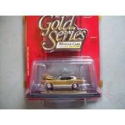 Johnny Lightning Gold Series R8 1969 Dodge Coronet R/T