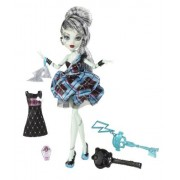 Toy / Game Favorite Monster High Sweet 1600 Frankie Stein Doll With Flouncy Skirt And Frosting inspired Shoes by 4KIDS