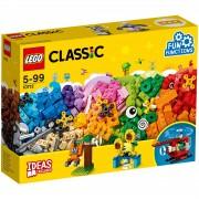 Lego Classic: Bricks and Gears (10712)