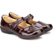 Clarks Un Helma Bellies For Women(Burgundy)