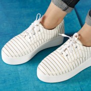 Trendy Look Women's Gold White Sneakers