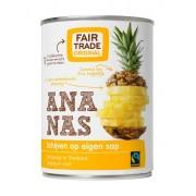 Ananas schijven op sap