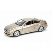 Kit de asamblare Mercedes Benz E-Class Coupe - 1:32