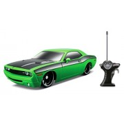 Maisto R/C Scale 1:24 2006 Dodge Challenger Concept Radio Control Vehicle (Colors May Vary)