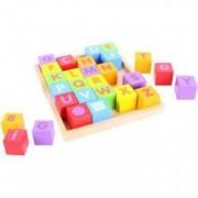 Cuburi din lemn pentru format litere 3-7 ani