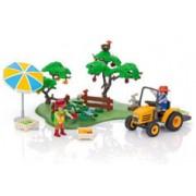 Playmobil collection Country : Les maraîchers et leur tracteur (6870)