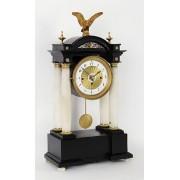 Biedermeierové stolní hodiny s hracím strojem