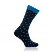 Férfi Willsoor 8728 zokni sötétkék színben, világos pöttyös mintával.