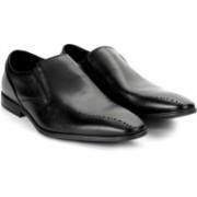 Clarks Bampton Free Black Leather Slip On For Men(Black)