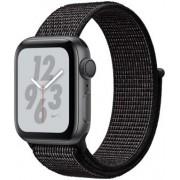 Apple Watch Nike+ 40mm vesmírně šedý hliník s černým provlékacím sportovním řemínkem Nike