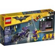 LEGO BATMAN - CATWOMEN: URMARIREA IN CATCYCLE 70902