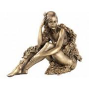 Carlo Milano Statuette décorative en résine aspect bronze - Femme assise avec feuilles