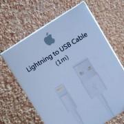 Usb кабел за зареждане на iPhone 6 / 5 / 5s бял
