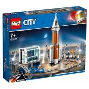 Lego City Space Port (60228). Razzo spaziale e Centro di controllo