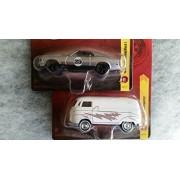 Johnny Lightning Set of 2 - 1965 VW Transporter + 1970 Ford Mustang Mach I