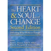 The Heart & Soul of Change: Delivering What Works in Therapy, Hardcover