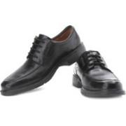 Clarks Un Garrison Genuine Leather Lace Up Shoes For Men(Black)