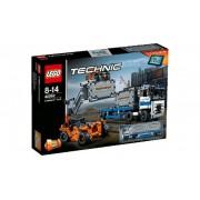 Lego Klocki konstrukcyjne Technic Plac Przeładunkowy 42062