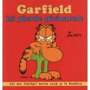 Garfield isi piede picioarele