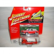JOHNNY LIGHTNING 1:64 SCALE TRI-CHEVY SERIES RED AND WHITE 1955 CHEVY NOMAD DIE-CAST COLLECTIBLE