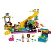 Lego Fiesta en la Piscina de Andrea