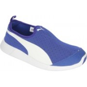 Puma Puma St Trainer Evo Slip-on Men Blue Casual Shoes Walking Shoes For Men(Blue)