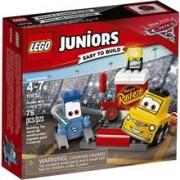 Jucarie Lego Juniors Oprirea La Boxe A Lui Guido Si Luigi