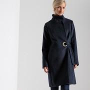 Manteau mi-long, col montant, fermeture pressionné