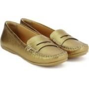 Clarks Doraville Nest Gold Metallic Loafers For Women(Gold)