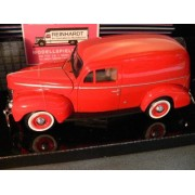 1940 Ford Sedan Delivery Red 1:24 Diecast Car Model