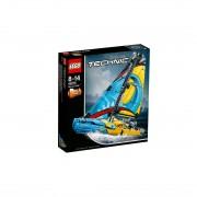 LEGO Technic 42074_trkaća jahta
