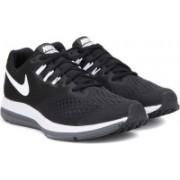 Nike ZOOM WINFLO 4 Running Shoes For Men(Black)