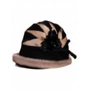 Елегантна дамска шапка от естествена кожа в черен цвят
