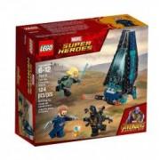 LEGO Super Heroes Atacul transportorului de trupe Outrider 76101