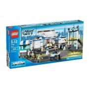 LEGO City Police Command Center 7743