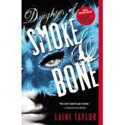 Daughter of Smoke & Bone, Paperback