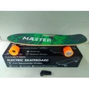 master Skatewood Skateboard Elettrico Velocità Max 15 Km/h Distanza Max 10km Ricaricabile Tavola In Legno Colore Verde - Skatewood