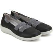 Clarks Sillian Rest Black Bellies For Women(Black)