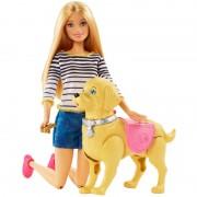 Papusa Barbie cu catel de companie Mattel, accesorii incluse