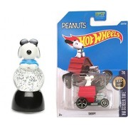 Hot Wheels 2017 HW Screen Time Snoopy Dog House Die-Cast car #222 & Peanuts Mini Light-Up Snow Globe - Joe Cool